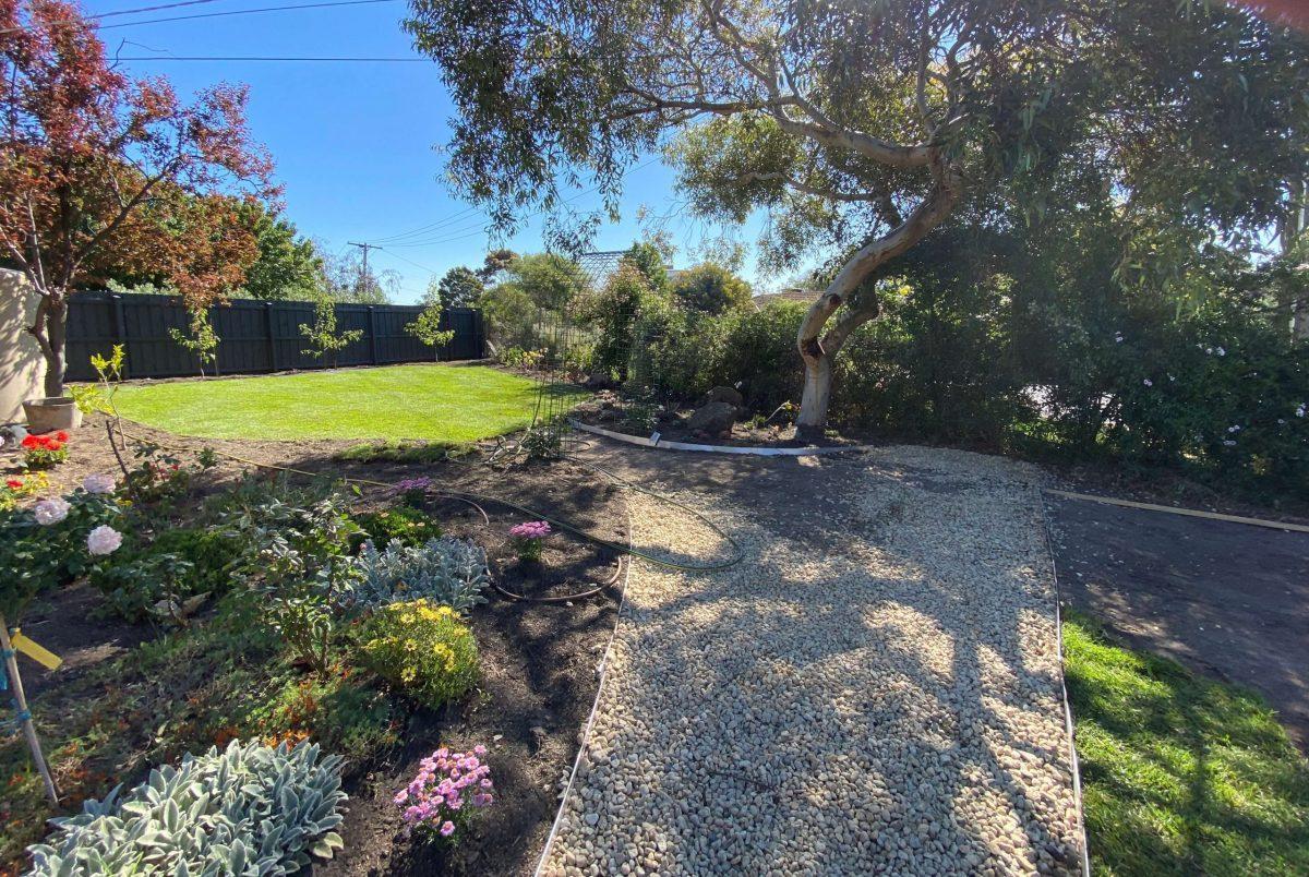 Native garden turf mount eliza